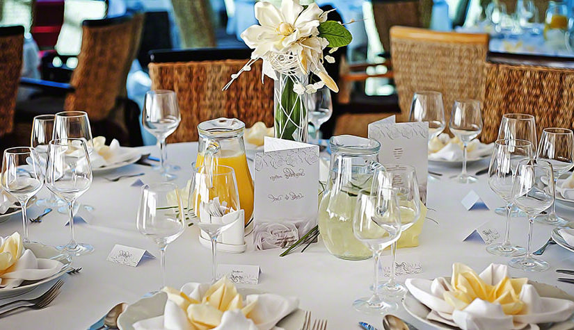 Linen Rentals and Their Hidden Benefits for Your Wedding Day